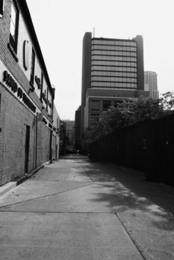 alley25
